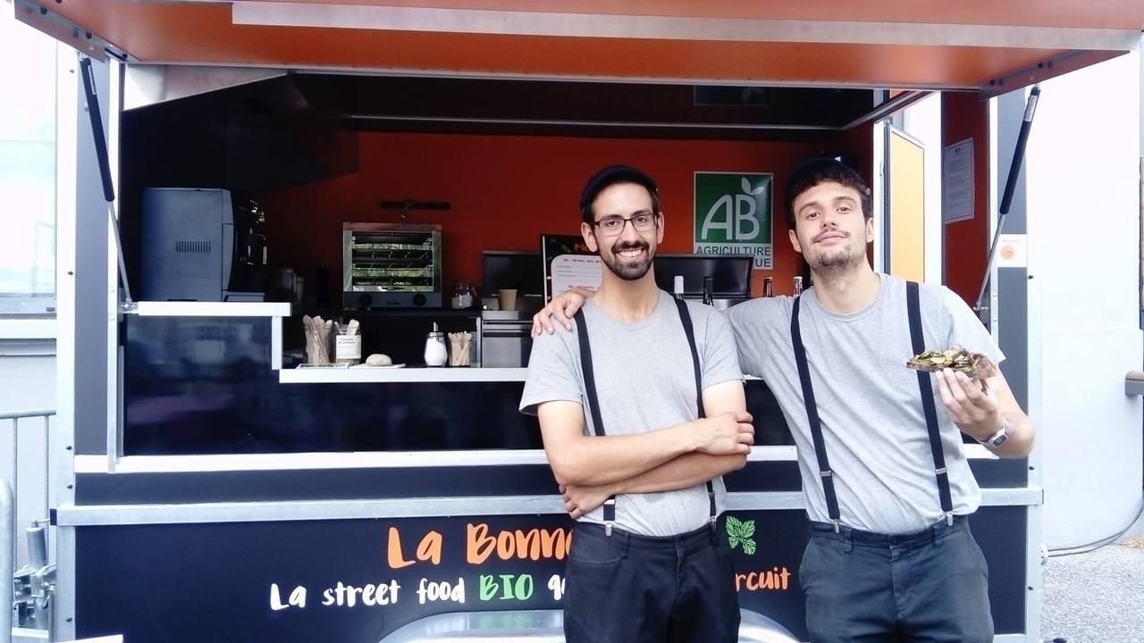 À Vos Dons, C'est Pour La Bonne Dôze ! Premier Foodtruck à Obtenir La Certification Agriculture Biologique (AB) Sur La Région Lyonnaise